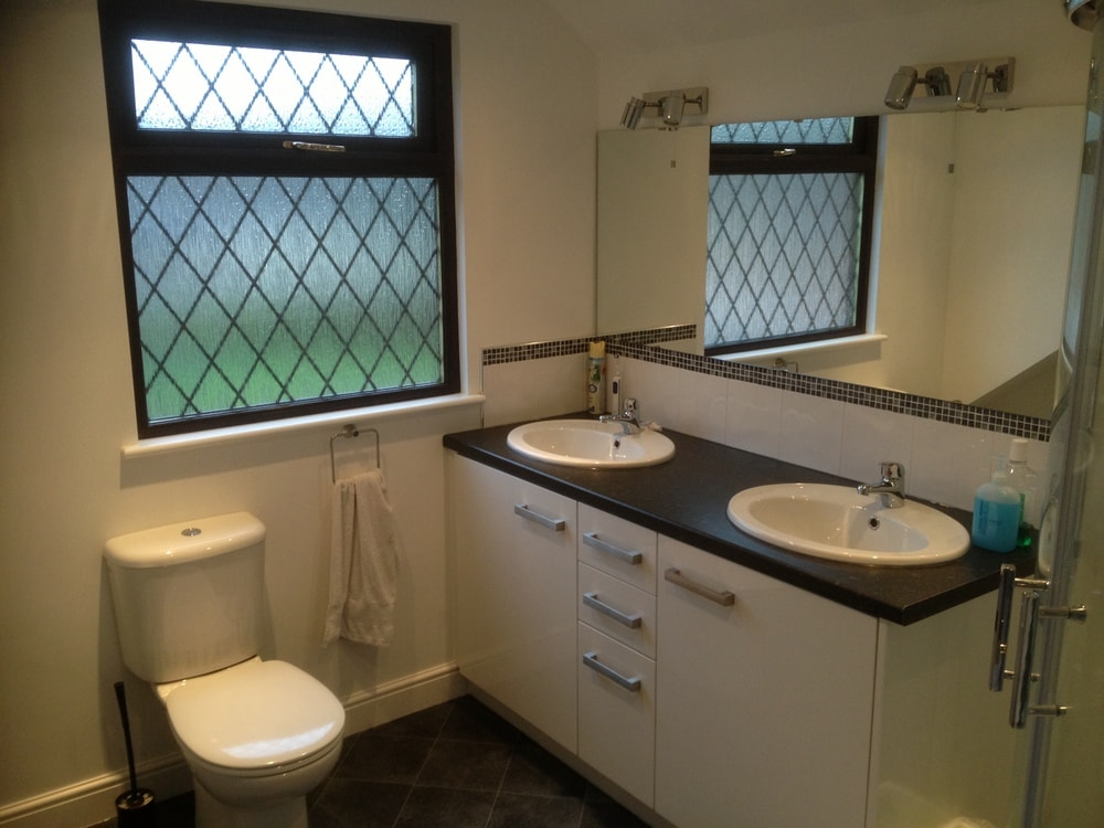 En-suite shower room to a loft conversion bungalow