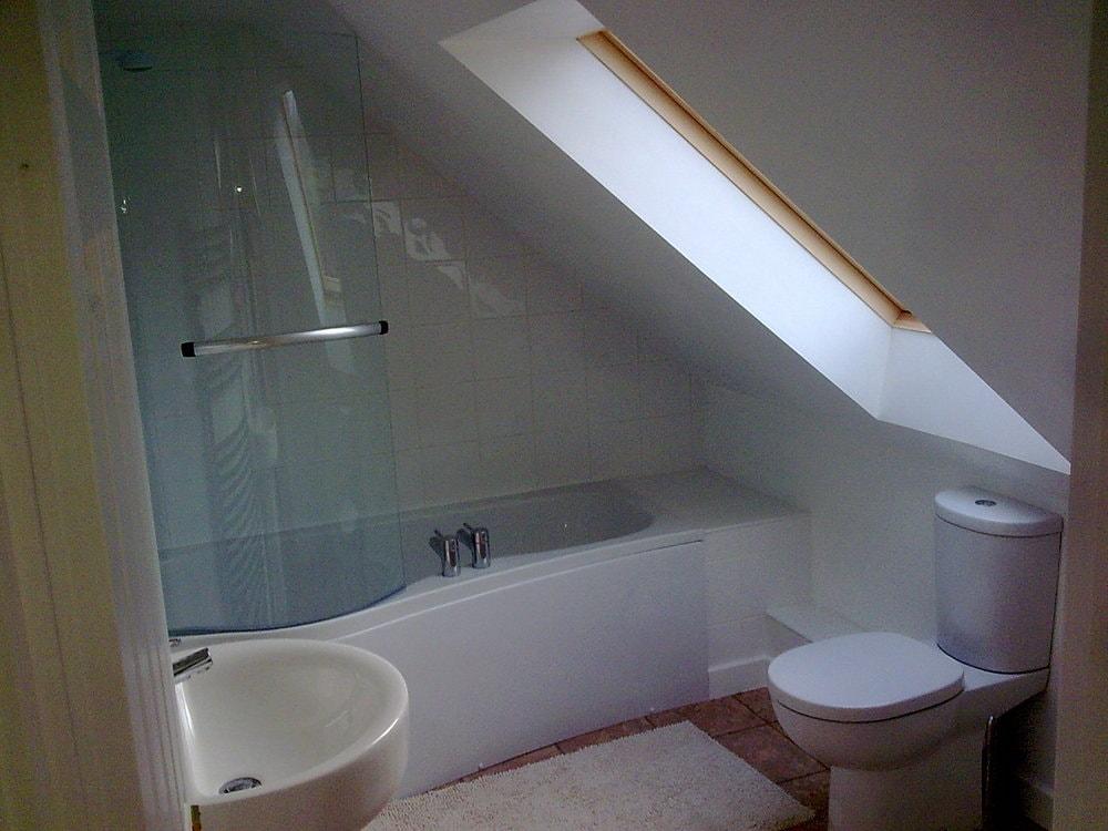 bathroom to a loft conversion bungalow